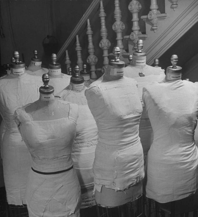 Манекены, сделанные по меркам каждой из знаменитых клиенток мадам Валентины — Греты Гарбо, Кэтрин Хепберн и других.