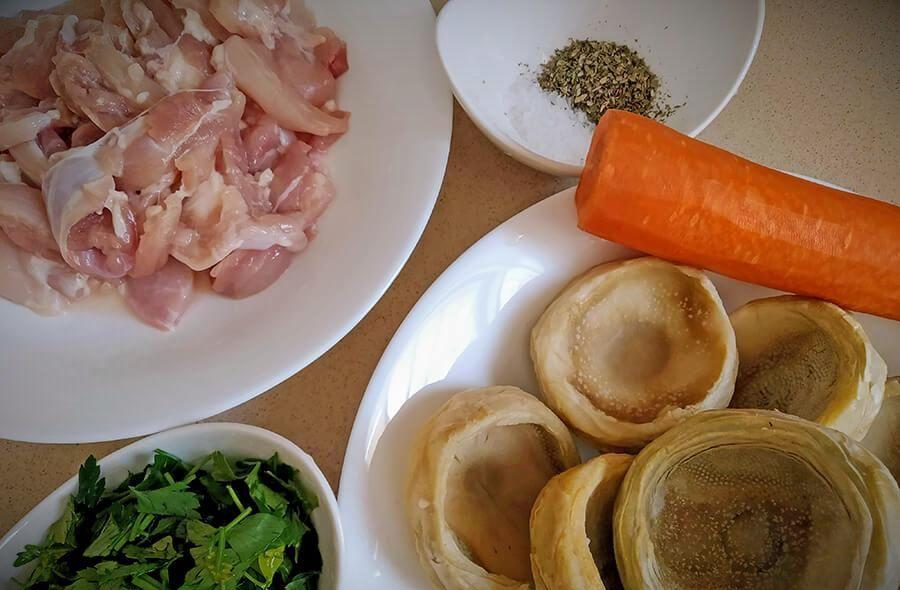 kurinoye ragu s zamorozhennymi artishokami