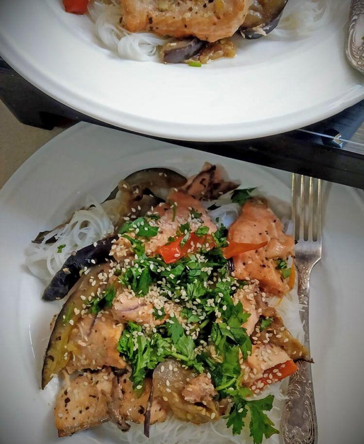 risovaya lapsha s ovoshchami v soyevom souse2