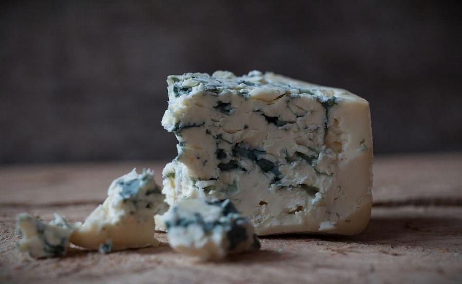самый низкокалорийный сыр какой