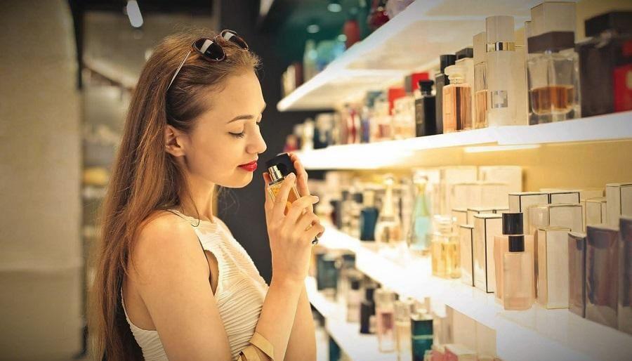 istoriya parfyumerii kratko8