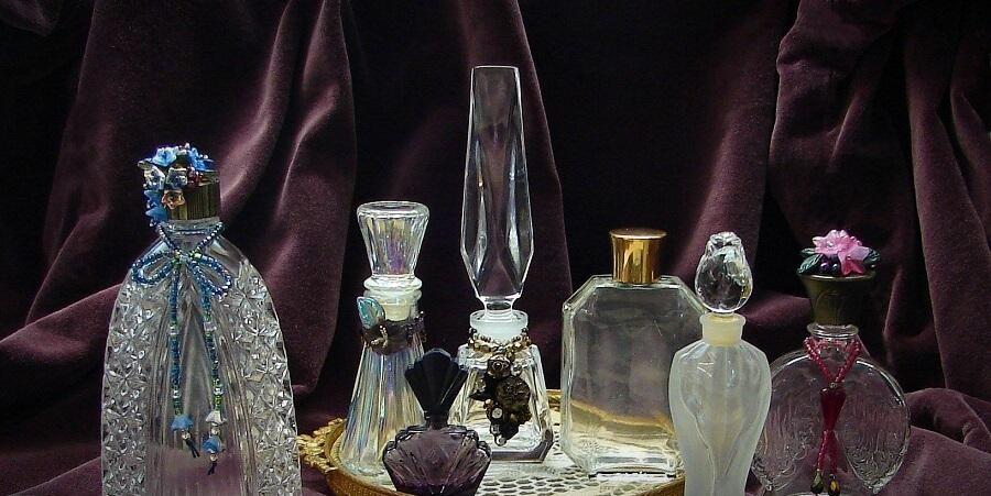 perfume bottles8