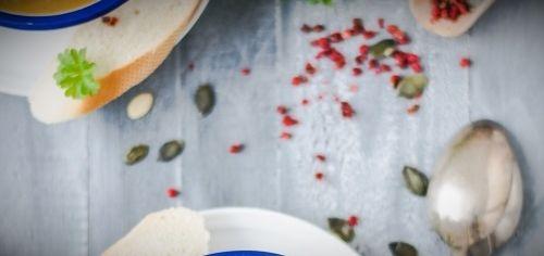 sup — krem iz brokkoli s syrom «chedder»