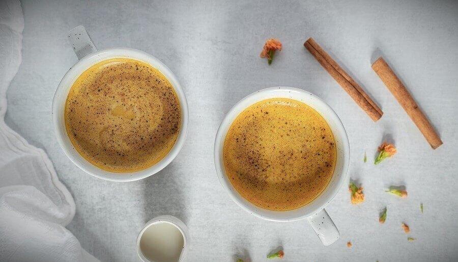 latte kurkuma reczept i polza